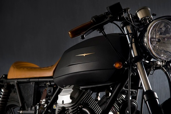 Moto Guzzi V35 Black Boot Cafe Racer